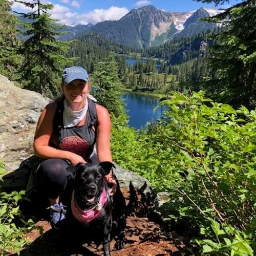 Lara and Luna in Mt. Baker-Snoqualmie National Forest